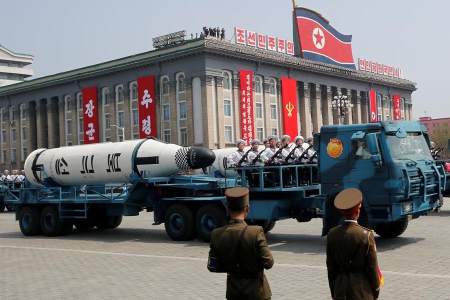 رویترز: برنامه موشکی و هسته ای کره شمالی متوقف نشده است