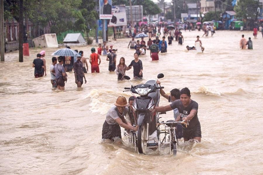 سیل در میانمار ۱۵۰هزار نفر را بی خانمان کرد
