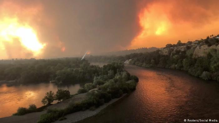 بزرگترین آتشسوزی تاریخ کالیفرنیا در حال گسترش است