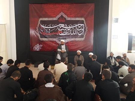 کارگاههای معرفت حسینی و دهها عنوان برنامه فرهنگی مذهبی در جنوب پایتخت اجرا میشود