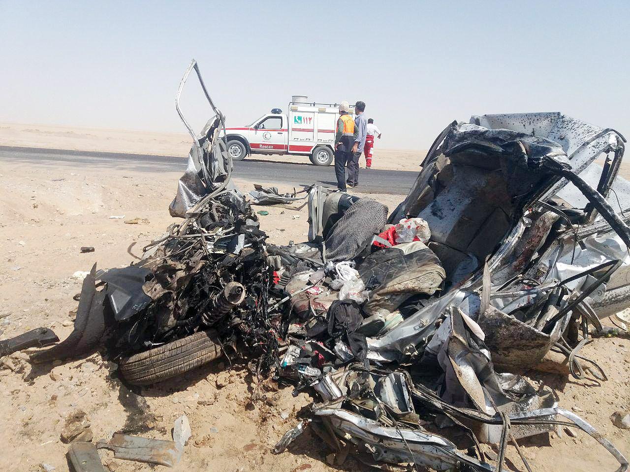 کشته شدن ۳ سرنشین پراید در تصادف جاده خور - طبس