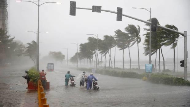 ابرتوفان در فیلیپین ۱۶کشته برجای گذاشت