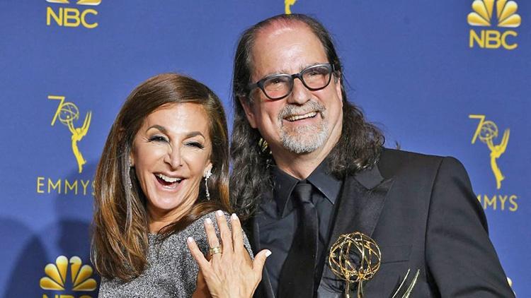 معرفی بهترینهای تلویزیون   خواستگاری کارگردان مراسم اسکار روی صحنه جوایز امی