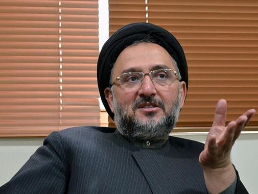 واکنش ابطحی به اظهارات روحانی | اگر واقعا رئیس جمهور صبح جمعه خبر گران شدن بنزین را شنیده باشد