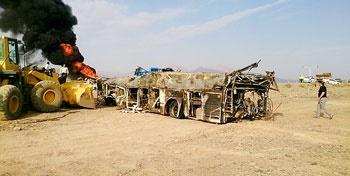 تصادف نفتکش و اتوبوس جاده اصفهان