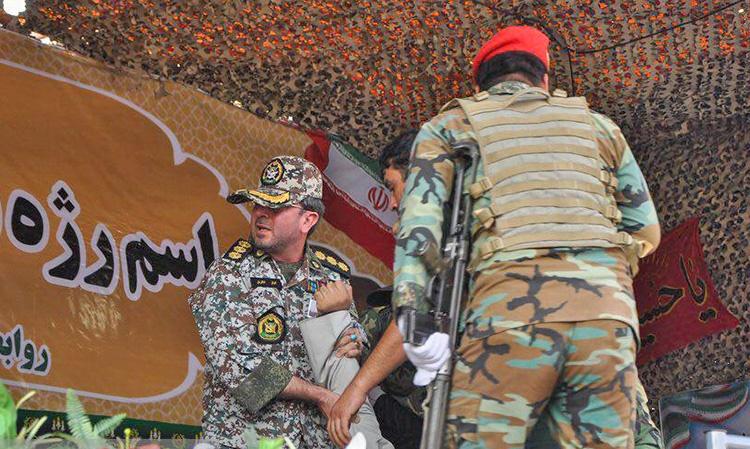 عکس | حمله تروریستی به رژه یگانهای مسلح در مرکز استان خوزستان