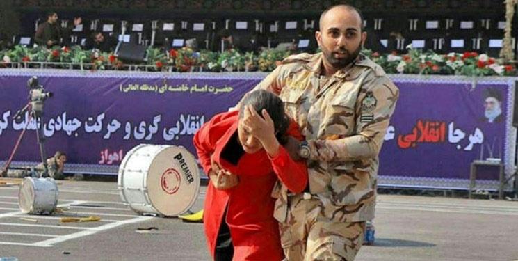 دختر مانتو قرمز حادثه اهواز، خواهر شهید محمد طاها است