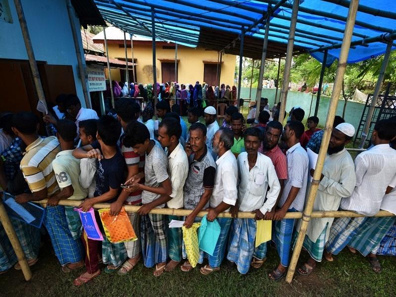 میلیونها هندی در خطر از دست دادن تابعیت خود قرار دارند
