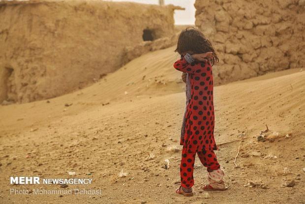 طوفان سیستان ۱۰۶۶ نفر را روانه بیمارستان کرد