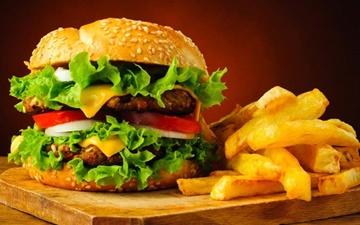 چطور بدن به مصرف غذاهای فراوری شده واکنش نشان میدهد