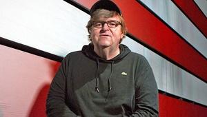 ناکامی مایکل مور در گیشه | فروش سه میلیون دلاری مستند ضدترامپ