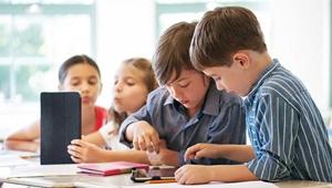 محافظت از شنوایی کودک در مدرسه