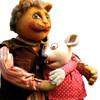 مخمل و دوست عروسکی اش موش شهر موش ها ، این دو تا در دنیای واقعی با هم دوست که نیستند هیچ دشمن هم ...