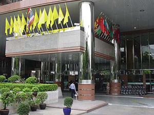 ورودی بیمارستان بومرانگراد-بانکوک-تایلند