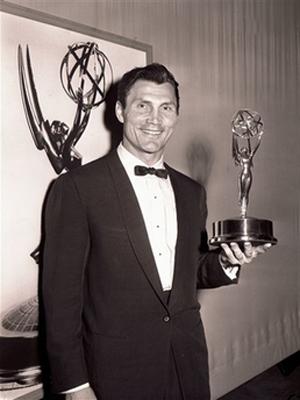 پالانس برنده جایزه امی سال 1957
