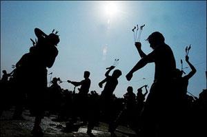 زنجیرزنان در افغانستان- احمد مسعود /رویترز