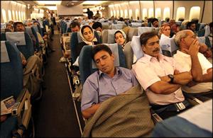 تمام شد! زودتر از آنچه که فکرش را میکردیم. در تهران که نمیشود راحت خوابید، شاید بین زمین و آسمان بشود.