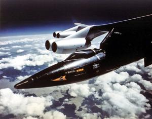 ایکس 15 روی بال هواپیمای بی 52
