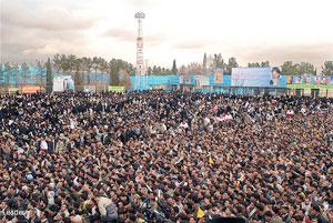 دیدار پرشور مردم ابرکوه با رهبر معظم انقلاب 
