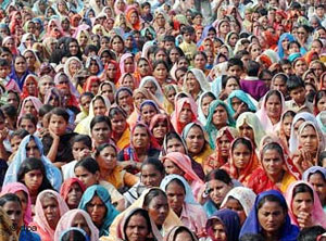جمعیت هند با روند کنونی، تا ۴۲ سال دیگر به ۷/ ۱ میلیارد نفر خواهد رسید