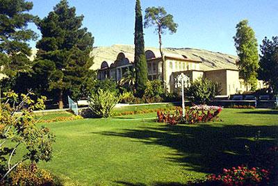 Iranian gardens - bagh-e Narenjestan-e Qavam